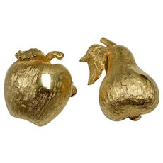 Set of 2 Figural Textured Goldtone Apple & Pear Fruit Scatter Pins