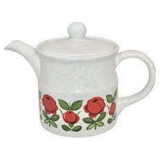 Ellgreave England Red Rose Speckled Art Pottery Teapot