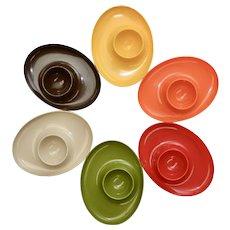 Mid-Century Modern Colorful 6-Piece Set of Plastic Egg Cups ~ Perfect for Easter!