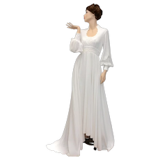 Circa 1970s Ivory White Crochet Applique Bodice, Empire Waist & Balloon Sleeve Full Length Bridal / Wedding Gown w/Train