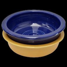 "Fiesta Fiestaware Homer Laughlin Pair of 5 1/2"" Fruit Bowls in Old Yellow & Cobalt Blue"