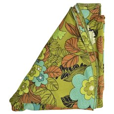 "65.5"" x 50"" Retro Green, Blue & Brown Flower Power Oblong Tablecloth"