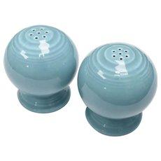 Fiesta Homer Laughlin Art Deco Style Salt & Pepper Shaker Set in Turquoise