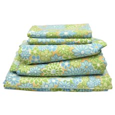 Circa 1970s Style House 3-Pc Set Blue, Green, Orange Floral Twin Flat & Fitted Sheet Set w/ Pillow Case