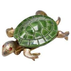 Signed Jonette Jewelry Green Enamel Goldtone Turtle Pin/Brooch w/ Red Rhinestone Eyes