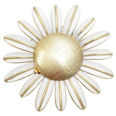 Circa 1969 Avon Signed Large White Enamel Daisy Solid Perfume Goldtone Pin/Brooch