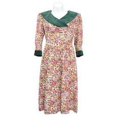 c1980s Petite Lanz Cotton & Green Velvet Floral Day Dress w/ Pockets - Size 4