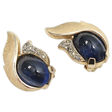 Crown Trifari Signed Blue Glass & Rhinestone Modernist Style Goldtone Clip Earrings