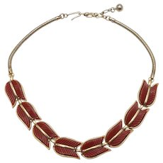 c1950s Crown Trifari Cranberry Red Thermoset Tulip Goldtone Snake Chain Choker Necklace