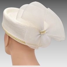 White Straw Pillbox Hat w  Rear Tulle Bow - Great for Church or Costume.  Kitsch   Couture 258f642e3579