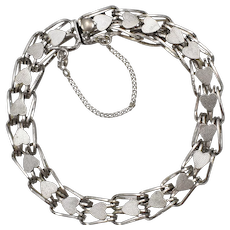 DC Sterling Signed Loop Chain Repeating Hearts Bracelet