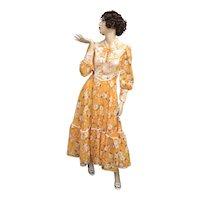 c1970s Bright Orange Taffeta & White Lace Plumeria Flower Corset Style Bishop Sleeve Peasant Dress