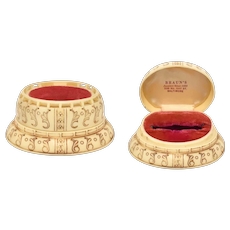 Art Deco Scrimshaw Faux Ivory Cream Celluloid & Hot Pink Velvet Oval Ring Box