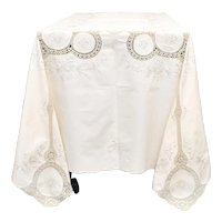 "Art Deco Era 64 x 95"" Ecru White Floral Embroidery & Crochet Scalloped Edge Rectangular Tablecloth"