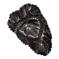 c1940s Carved Brown Black Bakelite Leaf Dress Fur Scarf Clip