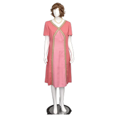 c1960s Designer 'Vera Maxwell' Original 'Montaldo's' Pink & Green X V-Neck Midi Length Dress