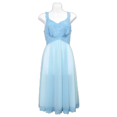 c1950s Vanity Fair Blue Lace & Chiffon Nylon Nightgown w/ Waist Tie
