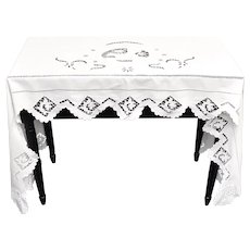 "Antique Victorian Era Woman Horse Rider Equestrian Motif White Linen Scalloped Lace Dresser / Table Topper - 84 "" x 29.5 """