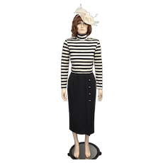 Kwai Designer Ivory White & Gray Horizontal Striped Turtleneck Pleated Skirt Sweater Dress - Size 10