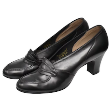 c1940s Mooney & Gilbert NYC Retro Era Designer Genuine Black Leather Loafer Style Heels or Pumps - Size 7AAAA