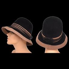 c1960s Chapeau Originale 'Dana Marte' Light Brown & Black Felt Wool Triple Bow Bucket Hat