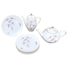 10-Pc Wunsiedel Bavaria Germany Pink Flower Pattern Porcelain Coffee Pot, Teapot & Dessert Plate Set