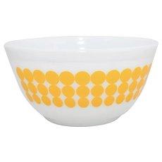 Pyrex Yellow Polka Dot White Milk Glass Nesting Bowl 1 1/2 Quart Mixing Bowl #402