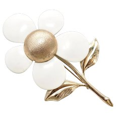 c1968 Large Sarah Coventry Signed White Enamel Daisy Flower Brooch/Pin
