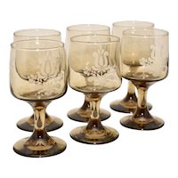 Set of 6 Pfaltzgraff Village USA Etched Brown Glass Pedestal Wine Glass Stemware