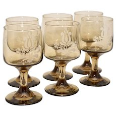 Set of 6 Pfaltzgraff Village USA Etched Brown Glass Pedestal Wine Glass Stemware