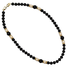 Napier Signed Faux White Pearl & Black Bead w/ Gold Tone Spacer Necklace