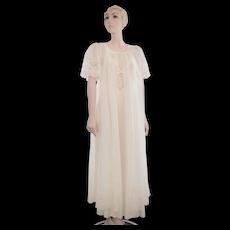 c1960s Henson Kickernick Wedding White Chiffon & Lace Long Maxi Peignoir Robe