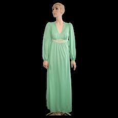c1970s Kayser Emerald Green Nylon & Crochet Waist Long Maxi Lounge Robe - Size S