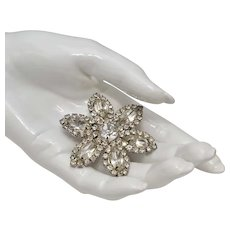c1960s Large & Sparkly Prong Set Clear Glass Rhinestone Flower Brooch/Pin