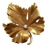 Eckfeldt & Ackley 14K Yellow Gold & Brilliant Diamond 0.14 TCW Detailed Maple Leaf Figural Brooch / Pin
