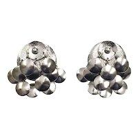 Mid-Century Round Silver Tone Disc Cha-Cha Dangle Clip Earrings