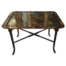 Vintage Black Lacquer Chinoiserie Decorated End or Coffee Table