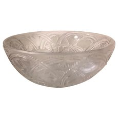"Excellent Lalique France Crystal Pinson Etched Bird 9.25"" Signed Bowl"