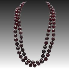 Vintage Hand Faceted Bakelite Bead Necklace