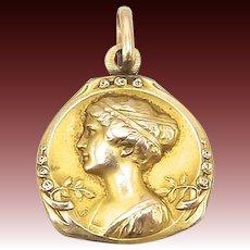 14kt Gold Art Nouveau Pendant