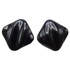 Vintage 14K Carved Onyx Earrings