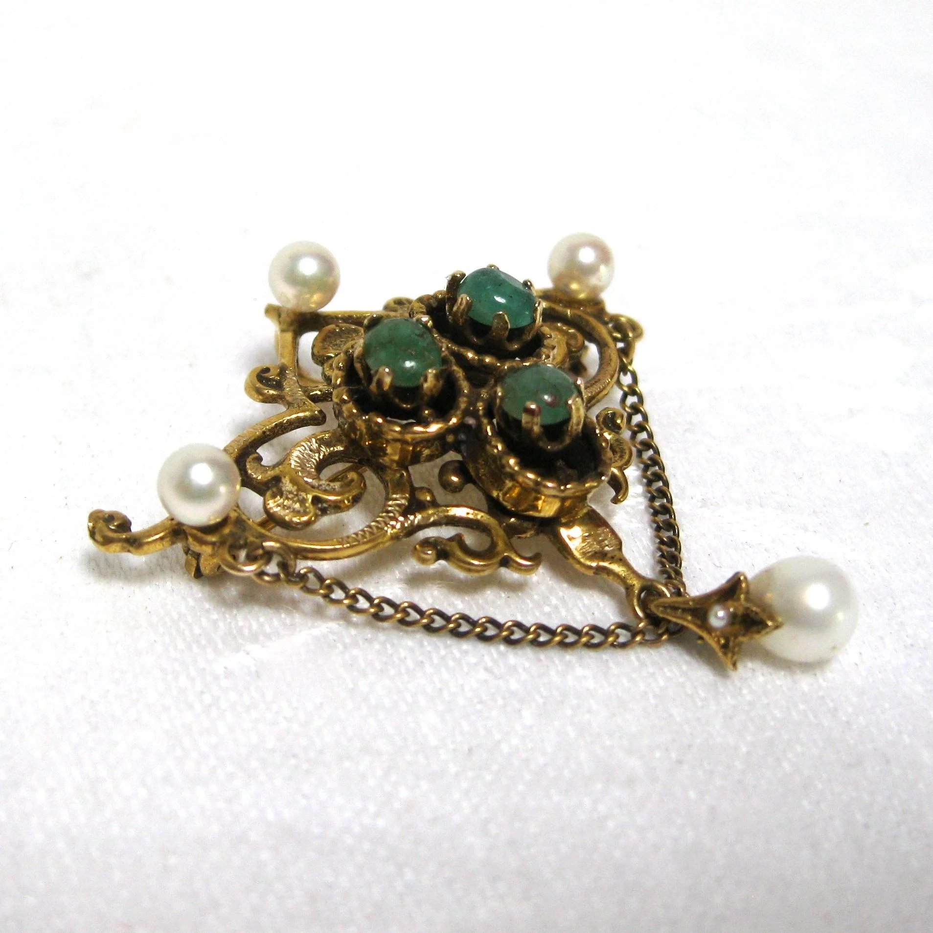 pearl brooch cabochon emerald gold to item click and expand full revival renaissance