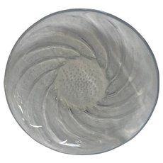 "R. Lalique ""Poissons"" Opalescent Glass Platter, circa 1931"