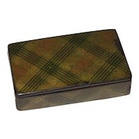 Charming Tartan Ware Plaid Snuff Box, circa 1850
