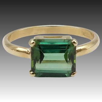 Vintage Green Tourmaline 14KT Gold Ring