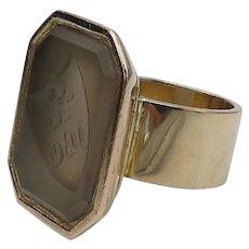 Agate & 14 KT Gold Intaglio Crest Signet Ring
