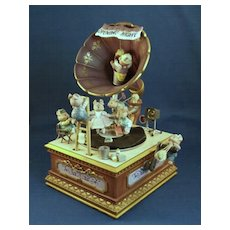 Enesco Action Music Box Opening Night - Vintage 1990 Never used