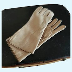 "3"" Tiny Beige Leather French Fashion Gloves"