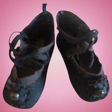"2"" Black Cloth Doll Shoes"