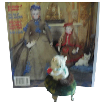 """2 1/2"""" Kitty on Footstool French Fashion Companion"""
